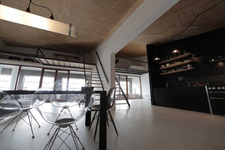 Vide maken,zwart stalen trap,underlayment traptreden,maatwerk,Amsterdam,Beer Hendriks
