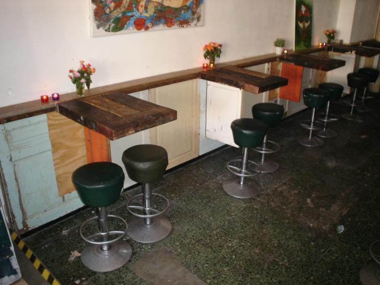 opklapbare tafelwand Café Speijk, wandmeubel, bedrijfsinrichting, tafel