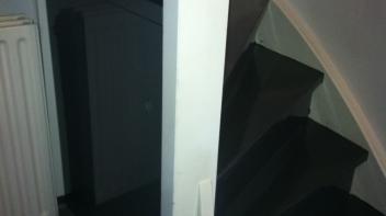 Trapmeubel,Amsterdam,schuifdeurtjes onder trap,maatwerk,opberg meubel onder trap